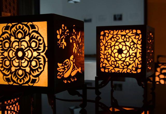 華倭里行燈(かわりあんどん)